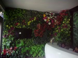 Vertical Garden Sintetis di Jakarta